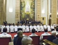 O altar oferecido por Portugal (foto tirada na ordenação de diáconos, novembro 2007)