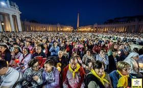 Vigilia con el Papa para rezar por el Sínodo