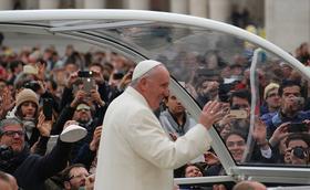 """El Papa als joves: """"Sigueu protagonistes"""""""