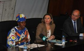 Antoinette Kankindi, Premio Harambee 2017, reivindica no campus o papel da muller como motor de África