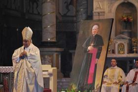 Los santos fortalecen nuestra Iglesia