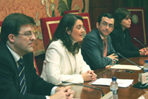 Ezkerretik eskuinera: Juan Miguel Otxotorena, Mónica Codina, Ángel José Gómez Montoro eta Emanuela Mora