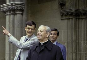 Le saint au sourire, Mgr Alvaro del Portillo