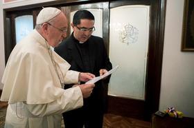 El sacramento de la caridad nos impulsa hacia Dios y hacia los hermanos
