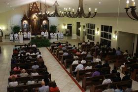 Celebración eucarística en honor de San Josemaría en Managua