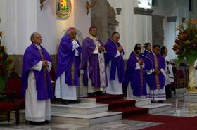 Misas por Mons. Javier Echevarría en Guatemala