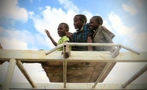 Junto al mayor 'slum' de África
