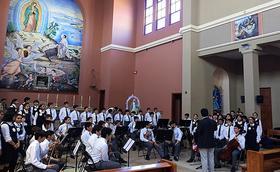 Fundación Nocedal le canta al Papa