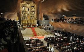 Transmisión en directo de la ordenación de sacerdotes en Torreciudad