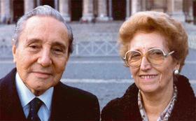 Oração a Tomás Alvira e Paquita