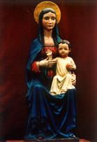 Copia de la imagen de la Virgen 'Madre del Amor Hermoso' que permanece en el Seminario Menor en Nueva Imperial, Cañete.