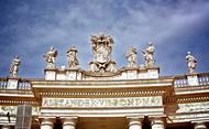 Od koga je odvisen prelat Opus Dei? Kdo ga imenuje?