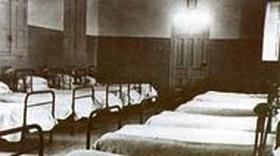 U Kraljevskoj bolnici  - 1932.