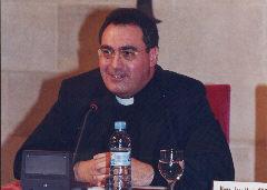José María Gil Tamayo, a la seva conferència.