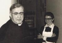 Zezinha com São Josemaria (1974)