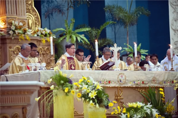 Masses in honor of St. Josemaria in the Philippines (2014)