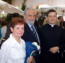 Os pais de Damian vieram da Polônia para a ordenação