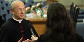 """Monsignore Ocáriz: """"Dørene til Opus Dei er åbne for alle"""""""