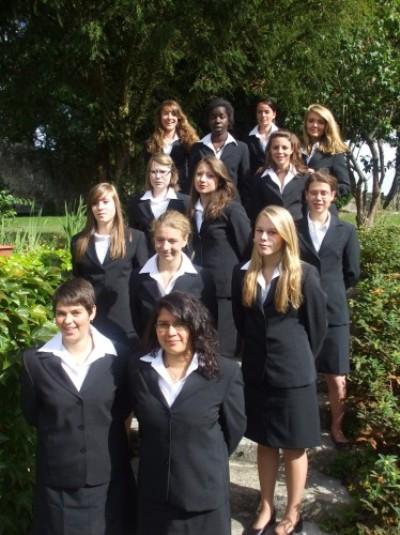 Alumnas del curso 2011-2012 en la Escuela Dosnon