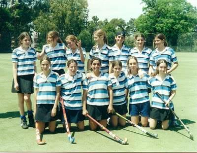 En el SIC, con compañeras de hockey