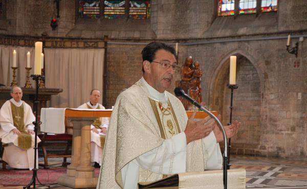 Mgr Cosyns célèbre la messe en l'honneur de saint Josémaria à Bruxelles