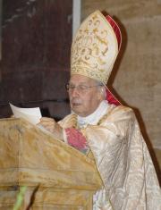 D. Javier Echevarría pronuncia a homilia