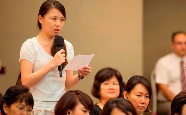 Reis prelaat naar Singapore, Taiwan en Korea
