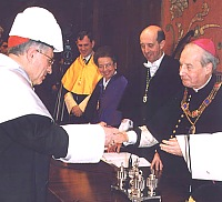 Cardinal Rouco receives his diploma.