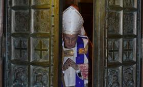 Brána milosrdenstva otvorená v kostole Prelatúry Panny Márie Kráľovnej pokoja