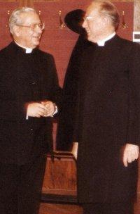 Kardinal König mit del Portillo, 1982