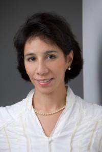Soy Leticia Gómez-Tagle, pianista concertista. En México, hace 25 años, gané un concurso nacional de piano en la Sala Chopin y el premio era una beca ... - leticia_gomez-tagle_04