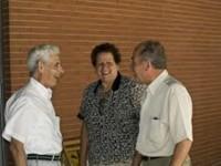 Mis padres hablando con Virgilio en Niara