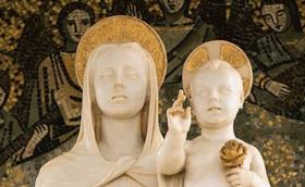 """""""Mãe Imaculada, faz que só me mova o Amor"""""""
