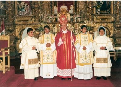 Mons. Demetrio Molloy inició el seminario diocesano 'Nuestra Señora de la Evangelización'.