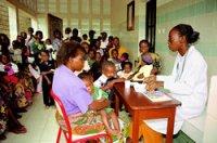 O centro médico axuda a centenares de pacentes