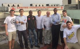Futurs enginyers ajuden un hospital del Congo