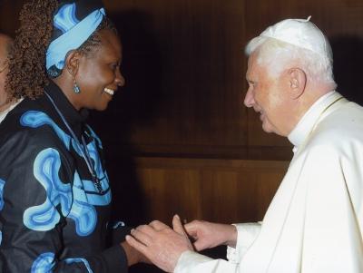 Florence Oloo, ställföreträdande rektor vid Strathmore-universitetet och en av synodens konsulter.
