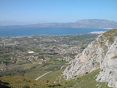 La plaine de Corinthe