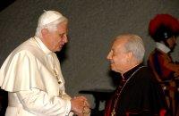 BENEDICTUS XVI ONTVANGT DE PRELAAT VAN HET OPUS DEI (10 APRIL 2006).