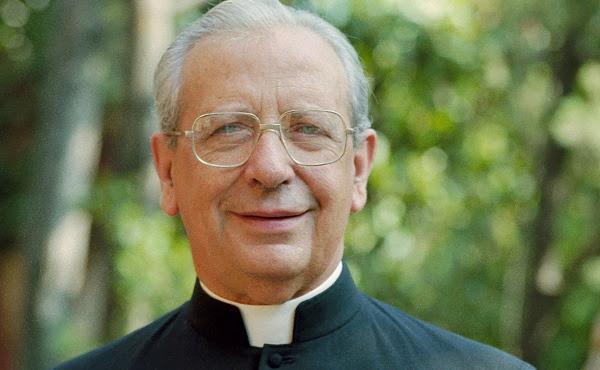 Bisschop  Álvaro del Portillo