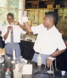 Strathmore, pionier al educaţiei inter-etnice în Kenya