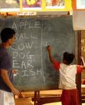 Una escuela para los refugiados de las colinas de Phop Phra