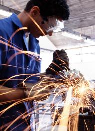 'El trabajo acompaña inevitablemente la vida del hombre sobre la tierra'.