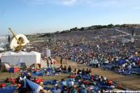 Mais de 500.000 pessoas foram a Loreto.
