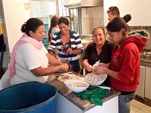 Galería de fotos: Actividad social de Monteverde. Visitas a la periferia en Bogotá