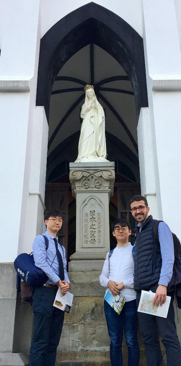 교황님의 일본 사목 방문에 함께 동행한 라파엘 청년들