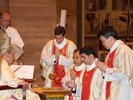 Galeria fotogràfica de l'ordenació sacerdotal de maig de 2014