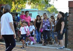 Primer día de clases en el colegio Los Rosales
