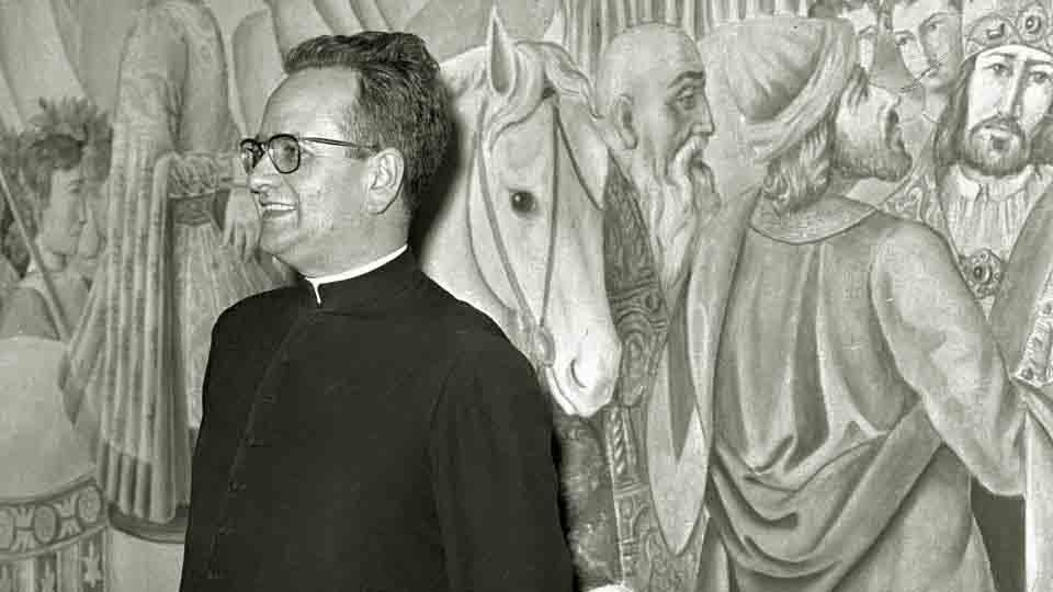 一個對世界開放的神父