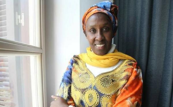 «La mujer africana se destruye si no es capaz de combinar tradición y liderazgo»